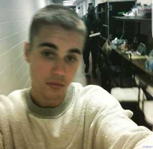 Photos: Justin Bieber debuts new hair cut